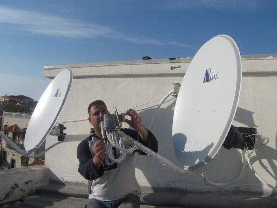 התקנת צלחת לווין